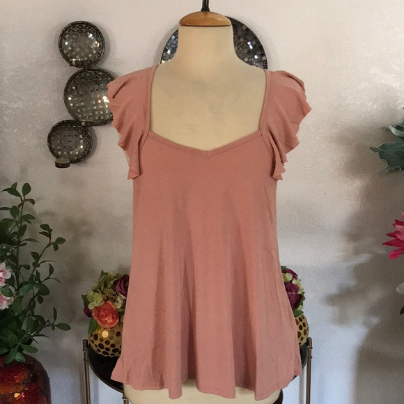 c3ab15b598 NWT Ginger G Nude Peach Top Size M